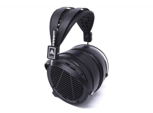 Audeze LCD 2 Classic Headphones 675x500 1