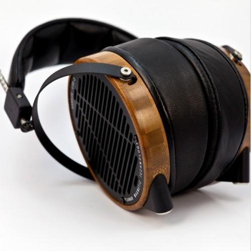 Audeze LCD 2 Shedua Headphones 675x500 1