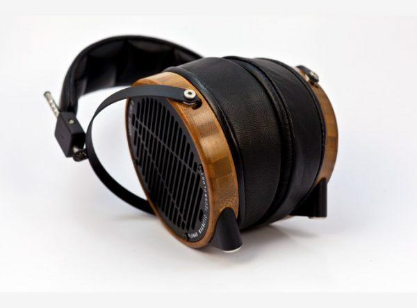 Audeze LCD 2 Shedua Headphones 675x500 11