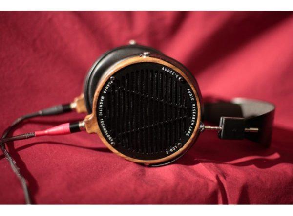 Audeze LCD 2 Shedua Headphones 675x500 12