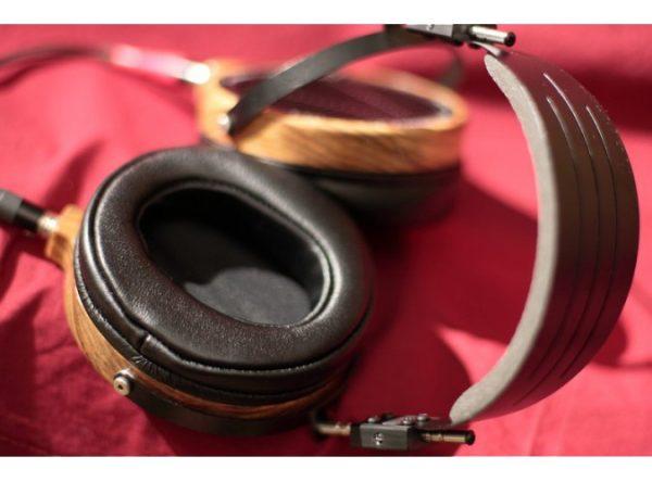 Audeze LCD 2 Shedua Headphones 675x500 22