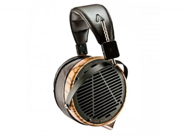 Audeze LCD 3 Headphones 675x500 3