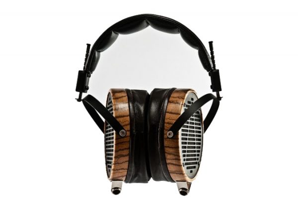 Audeze LCD 3 Headphones 675x500 5