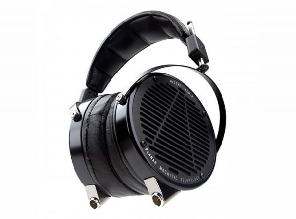 Audeze LCD X Headphones 675x500 1