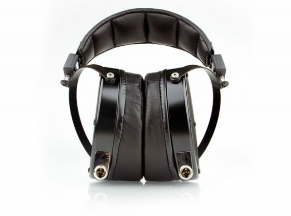Audeze LCD X Headphones 675x500 2