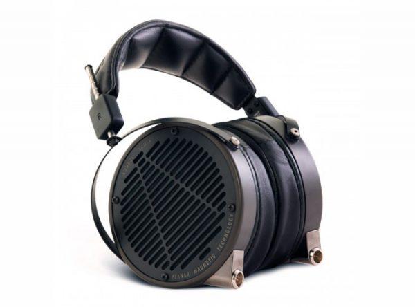 Audeze LCD X Headphones 675x500 7