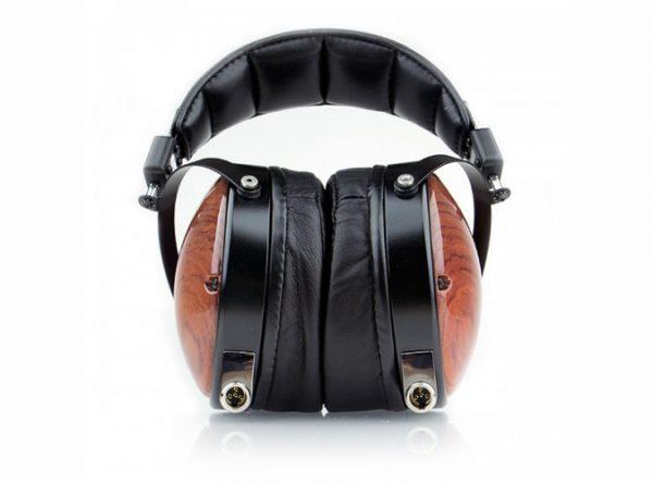 Audeze LCD XC Headphones 675x500 2