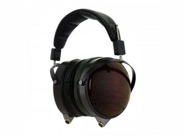 Audeze LCD XC Headphones 675x500 21