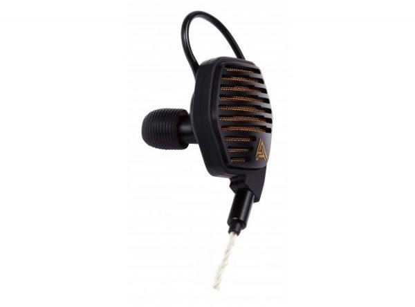 Audeze LCDi4 In Ear Headphone 675x500 2