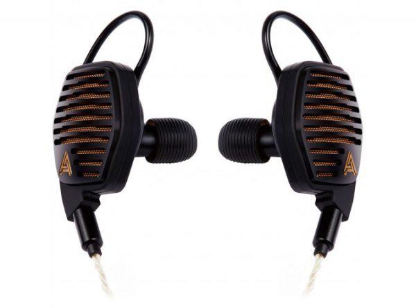 Audeze LCDi4 In Ear Headphone 675x500 6