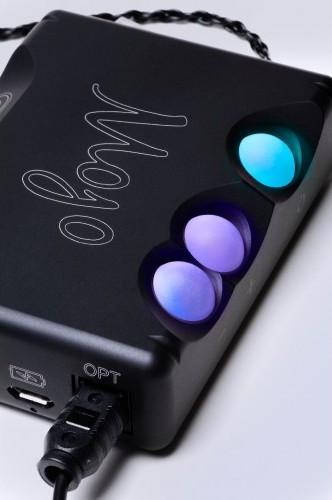 Chord Electronics Mojo Mobile DAC Headphone Amplifier 2