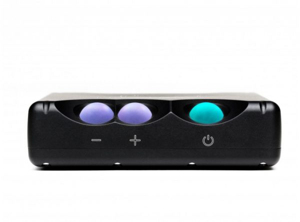Chord Electronics Mojo Mobile DAC Headphone Amplifier 8