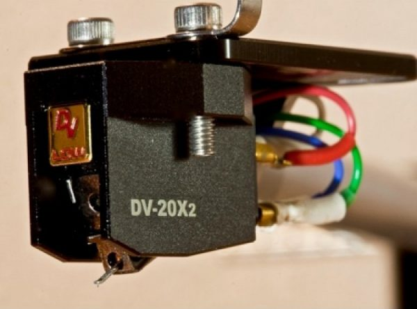 Dynavector DV 20X2 High Low Output Moving Coil Cartridge 4