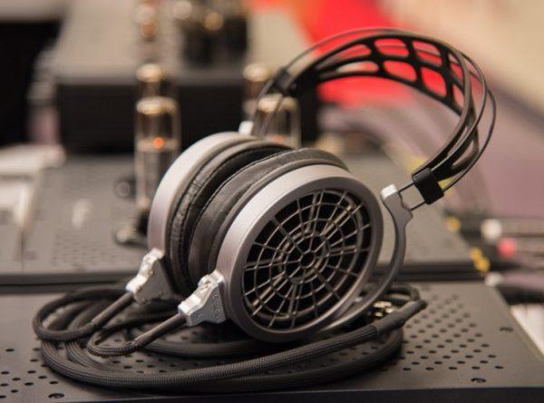 MrSpeakers VOCE Electrostatic Headphones 4