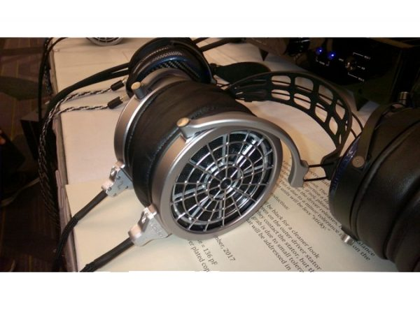 MrSpeakers VOCE Electrostatic Headphones 6