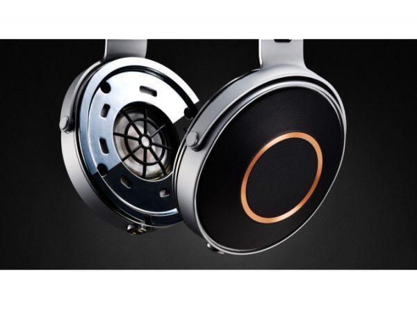 Pioneer SE Monitor 5 Closed Back Headphones 3
