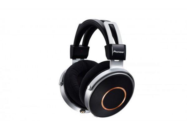 Pioneer SE Monitor 5 Closed Back Headphones 6