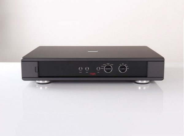 Rega Aura Reference Moving Coil Phono Stage 8