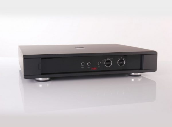 Rega Aura Reference Moving Coil Phono Stage 9